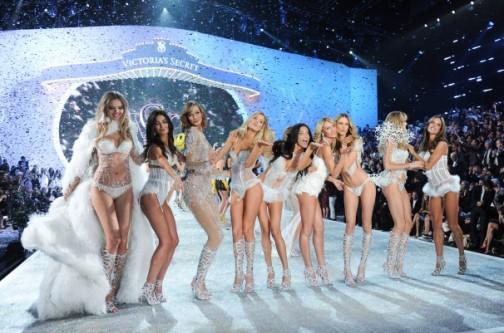 2013 Victorias Secret Fashion Show - Runway and Performance.JPEG-01f7c